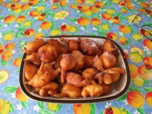 i sfinci - dolci tipici dell'isola di salina