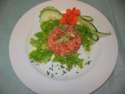 tartara-salmone-capperi