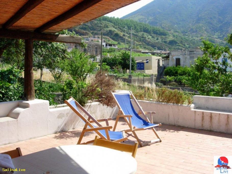 ARTEMISIA2 - Casa Vacanze - Malfa 9