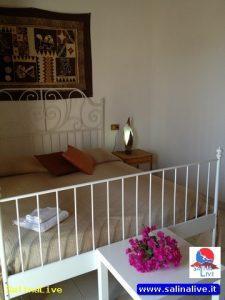 LA CONCHIGLIA - Casa Vacanze - Malfa 15