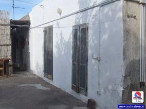 Malfa: Vendo casa  da ristrutturare 1