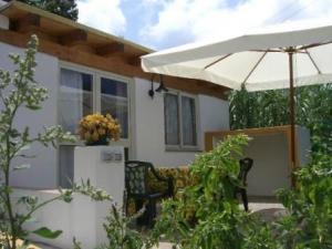 FRANCESCA - Casa Vacanze - Malfa 11