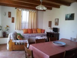 FRANCESCA - Casa Vacanze - Malfa 13