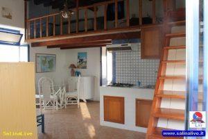 AZZURRA - Casa Vacanze - Malfa 6