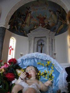 Per  l'Epifania: Gesù bambino nelle case di Malfa 2
