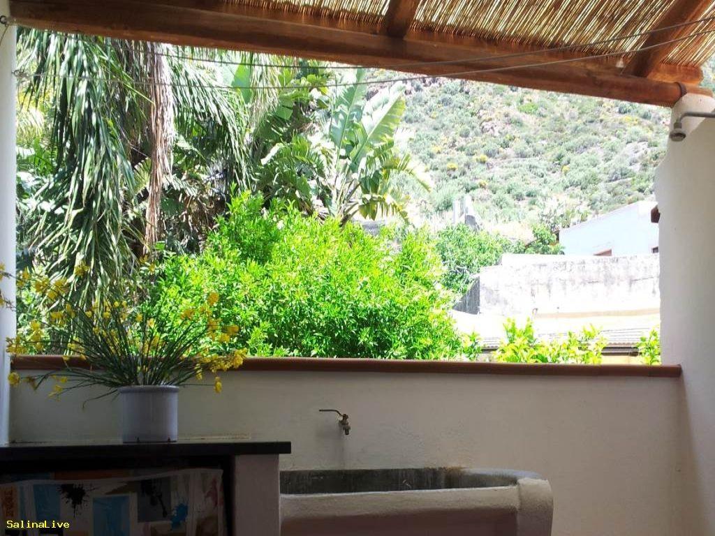 CASA LA CAPPERINA - Casa Vacanze a Rinella