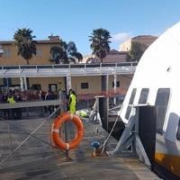 Un uomo di Lipari  cade in mare a Milazzo prima dell'imbarco sull'aliscafo e muore