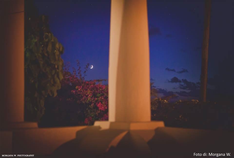 Silenzio,pace, fiori e luna a Salina